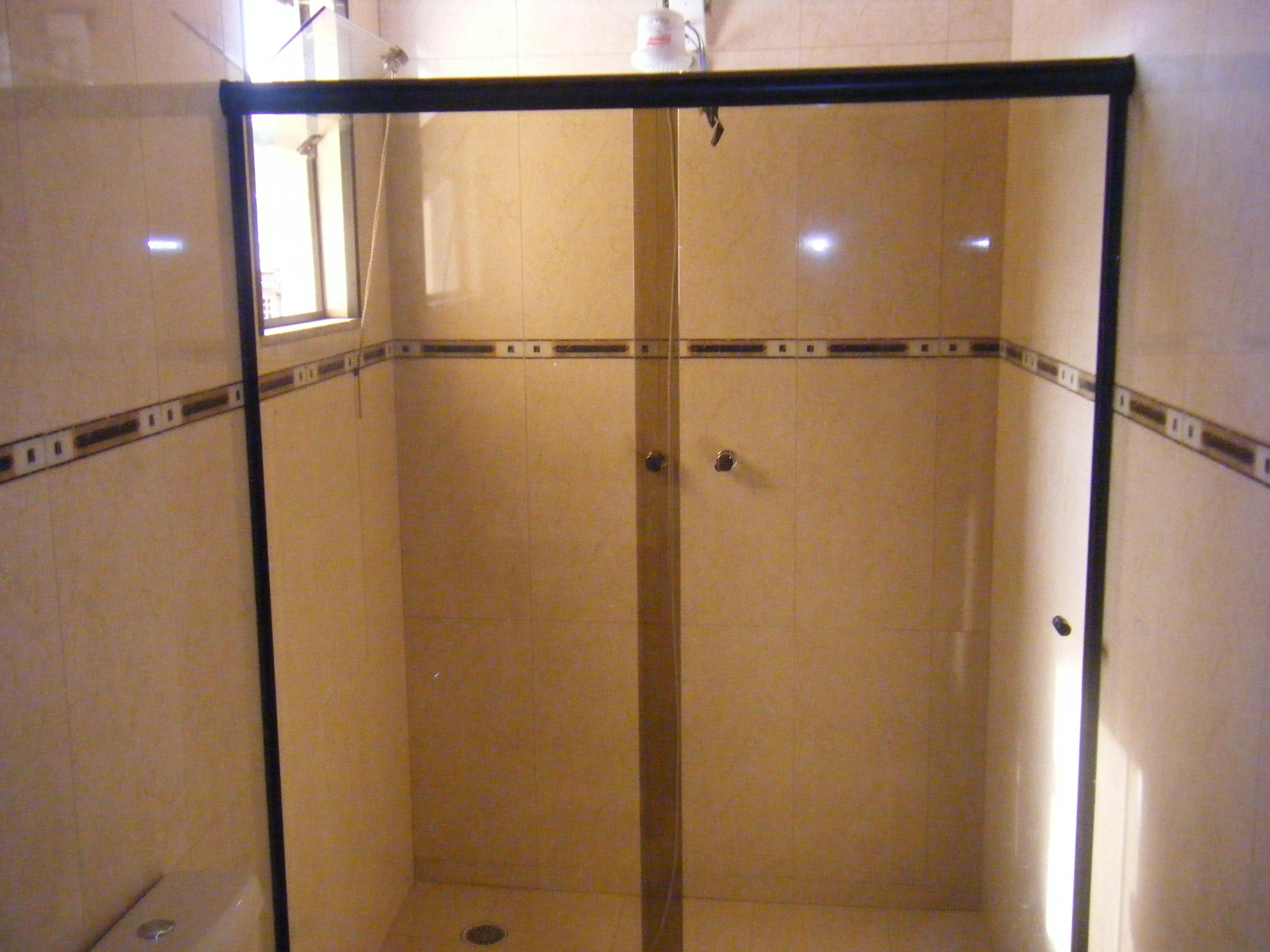 09 de fevereiro de 2012 quinta box frontal box frontal 2 folhas em  #966935 3264x2448 Banheiro Bege Com Box Fume